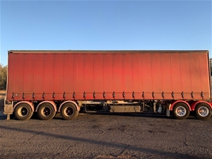 1991 Freighter ST3 Tautliner Triaxle Cur