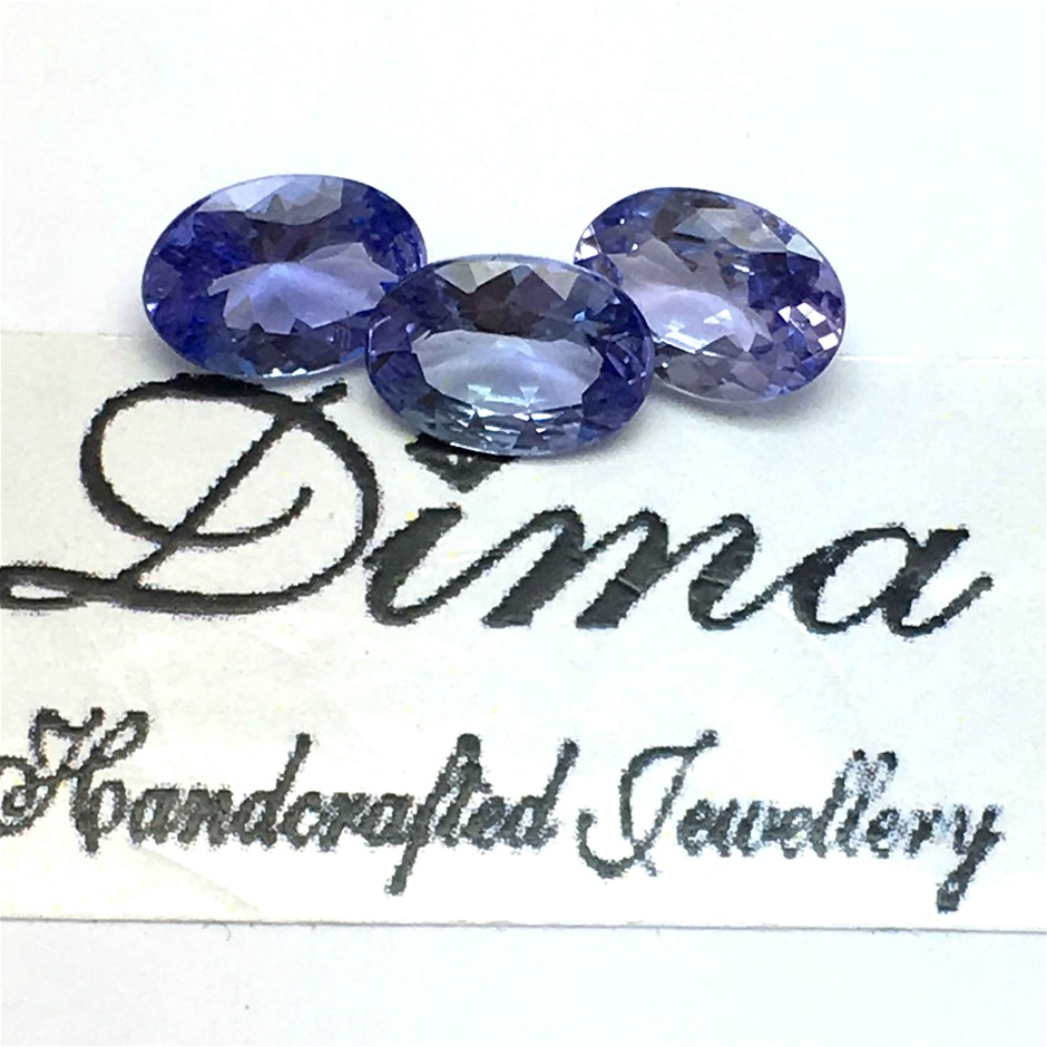 Three Stones Tanzanite 2.02ct ct in Total