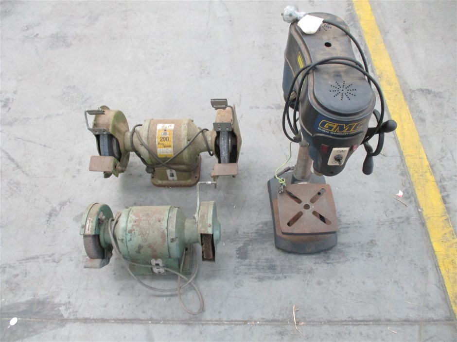 Qty 3 x Assorted Power Tools Comprising: