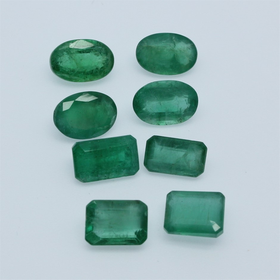 Eight Loose Emerald, 12.75ct in Total