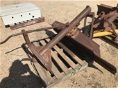 Ag Equipment & Parts, Large Quantity of Poly Joiners Stock