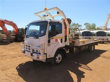 2009 Isuzu FRR500 4x2 Crane Truck