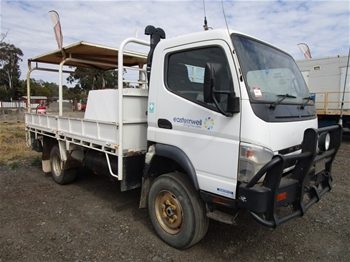 2 x 2011 Mitsubishi Fuso Canter 3.0T 4x4 Tray Body Trucks
