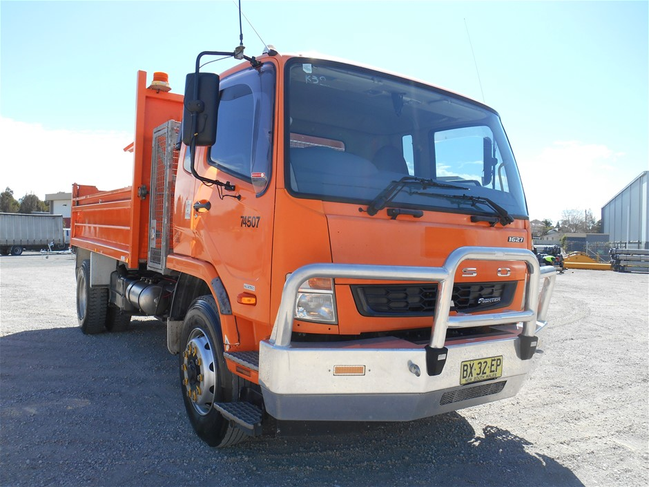 2013 Mitsubishi Fighter 1627 FM600 BlueTec 4 x 2 Tipper Truck