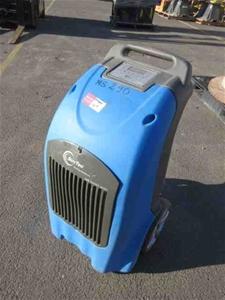 1 x Suntec SD801 Dehumidifier