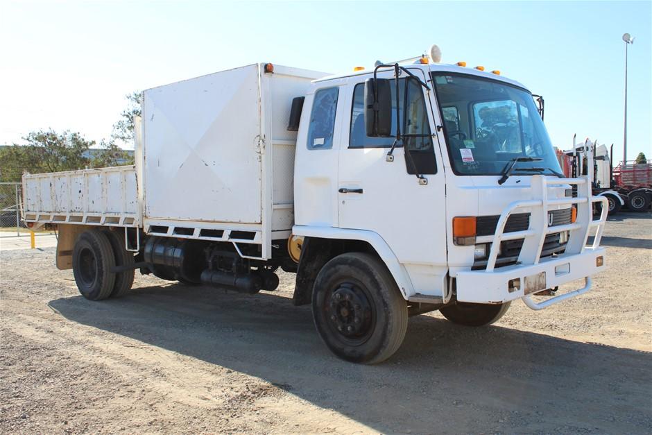 1988 Isuzu FSR 4 x 2 Tipper Truck