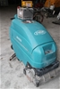 Tennant 5400 606911 Wet Floor Scrubber/ Vacuum