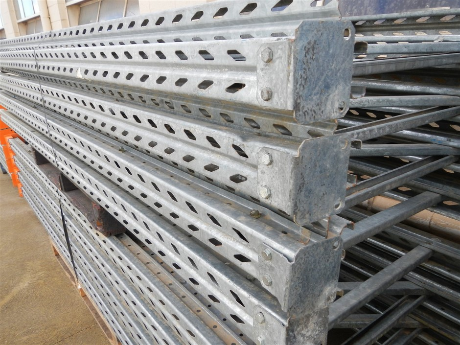 7 bays Colby pallet racking