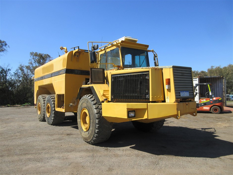 1995 Volvo A35 Articulated Water Cart
