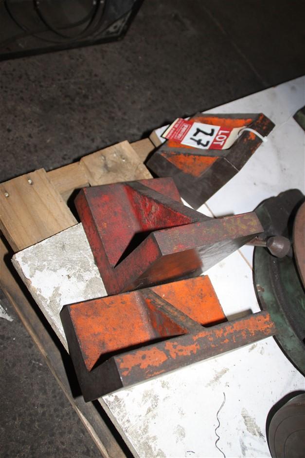 3 x Assorted Cast Iron Angle Plate