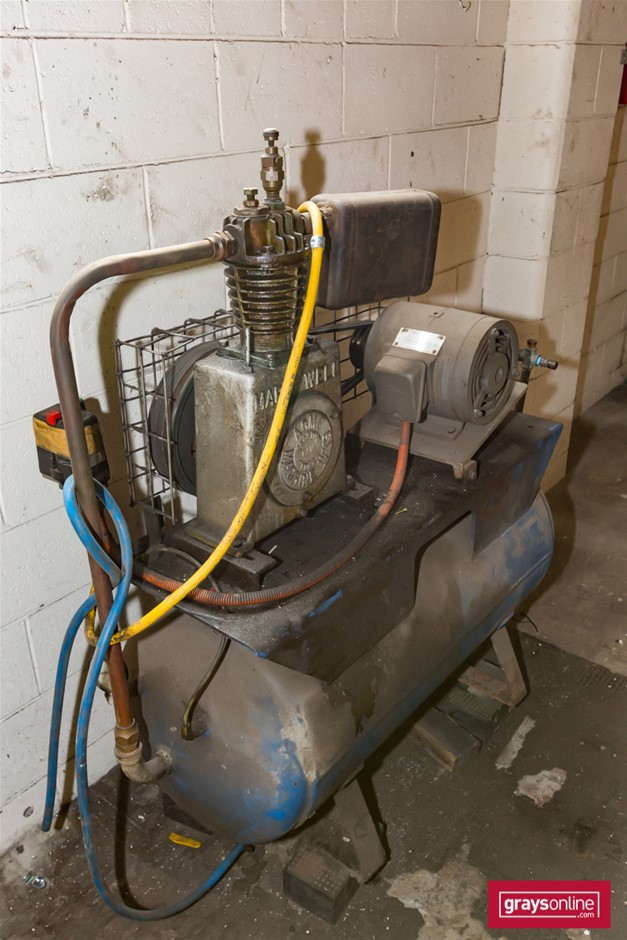 Markwell Receiver Mounted Air Compressor