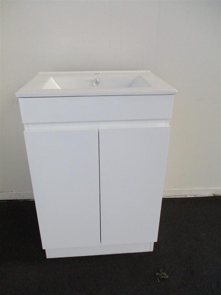 Qty 4 x O Star Bathroom Vanity Cabinet with Sink