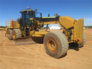 2009 Caterpillar 16M Motor Grader with B