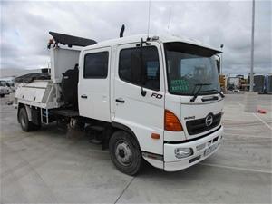 2004 Hino FD500 4 x 2 Asphalt