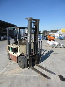 Nissan QP02L25U Counterbalance Forklift