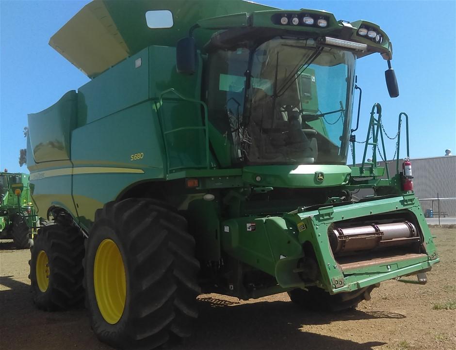 2013 John Deere S680 Combine Harvester