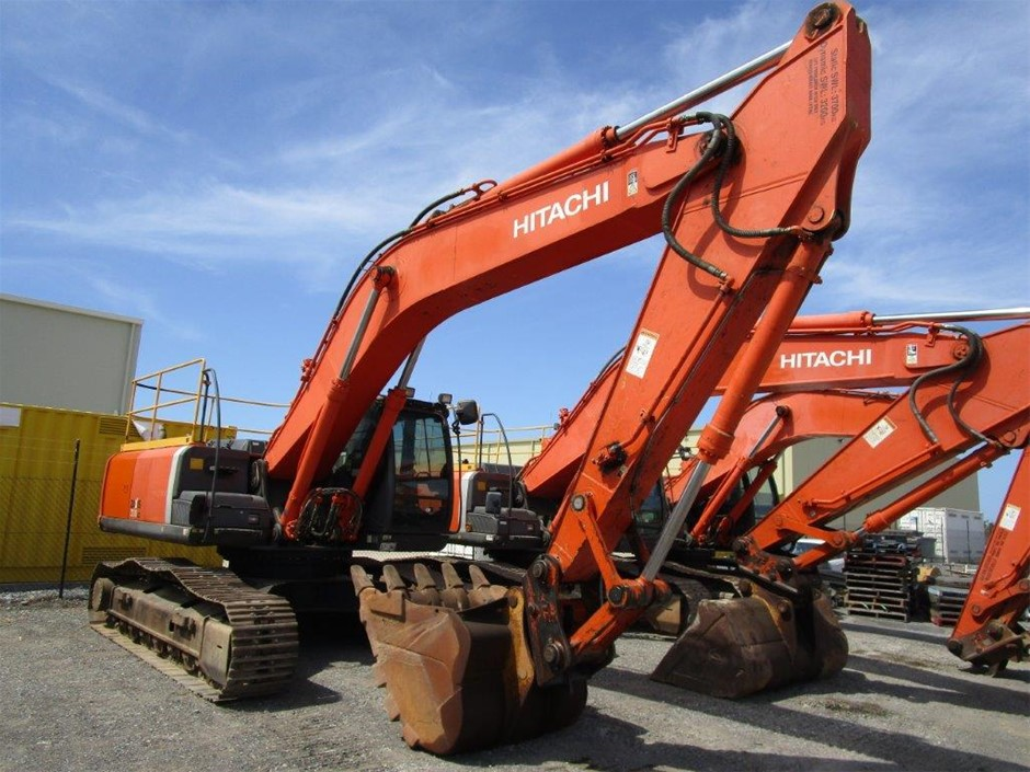 2012 Hitachi ZX330LC-3 Hydraulic Excavator