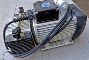 Ivoclar Vivadent Pump - DELIVERY AVAILAB