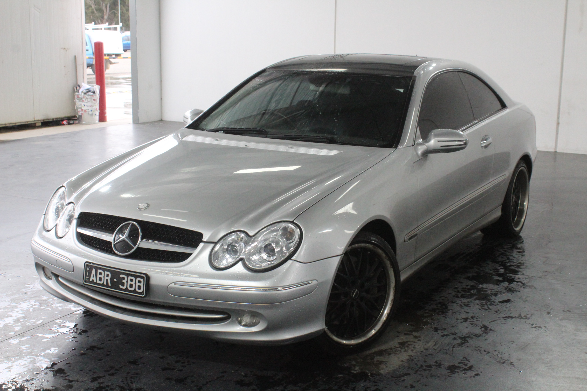 2003 Mercedes Benz CLK500 Avantgarde C209 Automatic Coupe