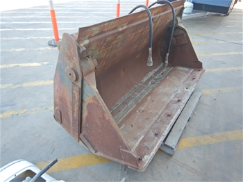 2007 Adelaide Hydraulics Multi Purpose Loader Bucket