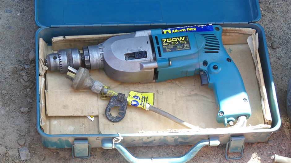 Makita HP201ON Corded Variable speed Drill
