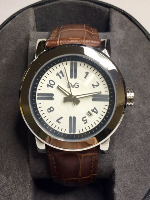 Simply stylish Dolce & Gabbana luxury designer unisex watch