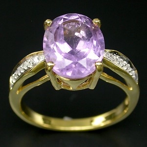 Gorgeous Amethyst and Diamond ring. Size