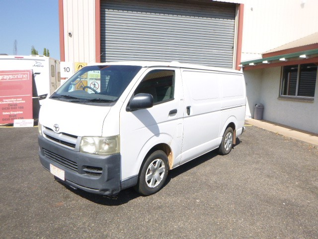 2005 Toyota Hi Ace 200 Series FWD Manual - 5 Speed Van