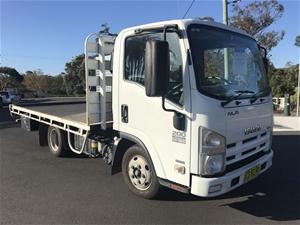 2011 ISUZU NH NLR 200 4 X 2 Truck