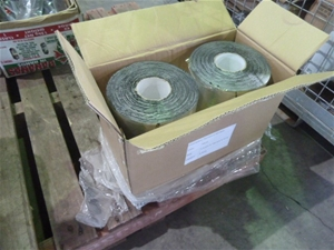 Qty 4 Rolls Of Aluminium Foil Rolls (Poo