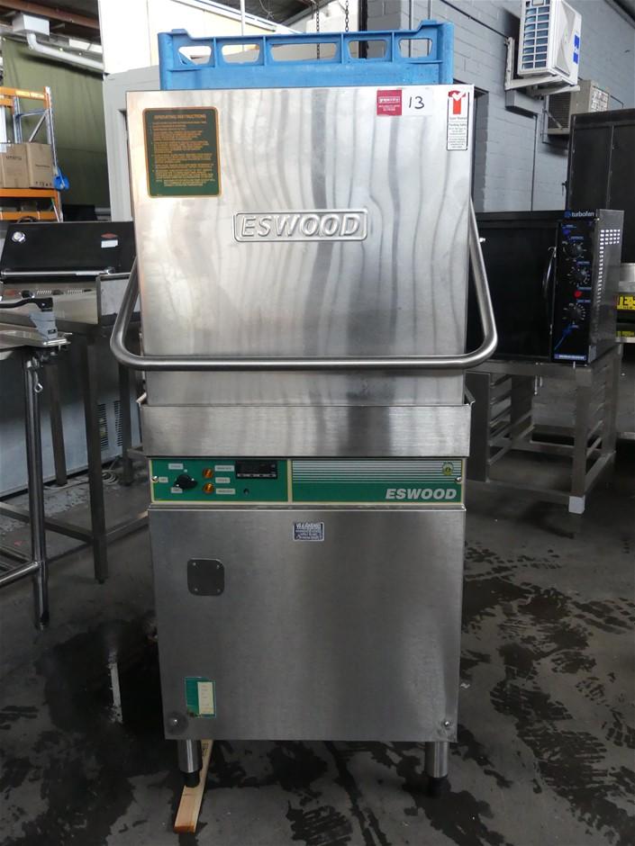 Eswood ES-32 Pass Through Dishwasher with Ultra-Pro Warewash Control System