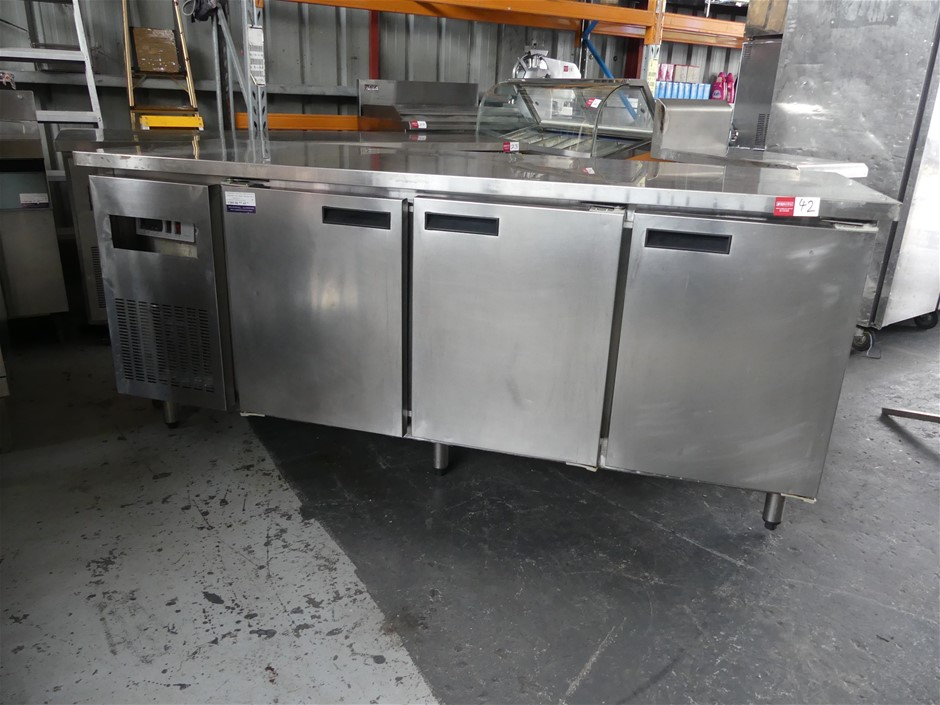Streamline Refrigeration Stainless Steel Self-Contained 3 Door Underbench