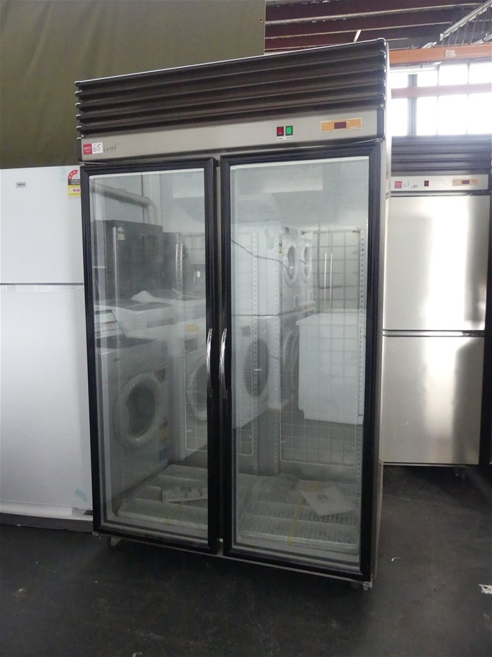 Ruey Shing RS-R3005F SS Self-Contained Mobile Display Refrigerator