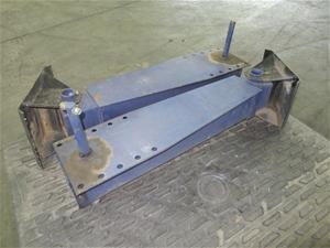 Qty 2 x Yard Legs (Pooraka, SA)