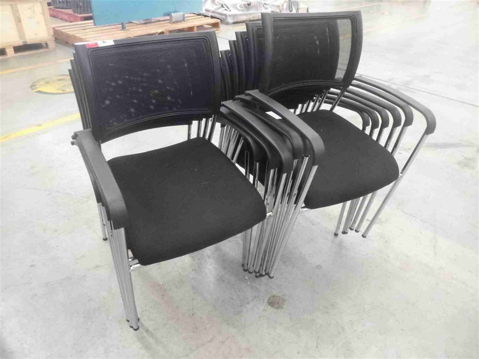 9x Office Chairs