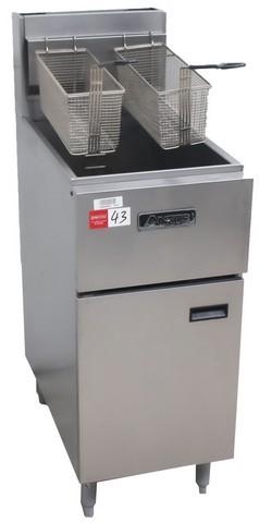 ANETS GAS SINGLE PAN DEEP FRYER, ORP $ 3,500 MOD