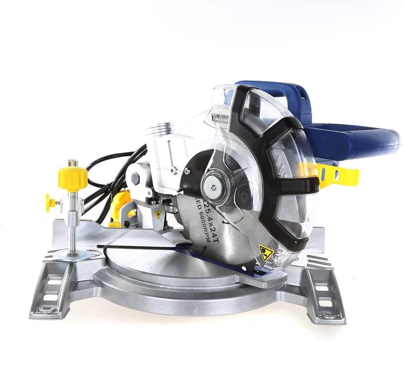 TAURUS 1400W Mitre Saw w/ Laser Cutting Guide. N.B. Condition unknown. (SN:
