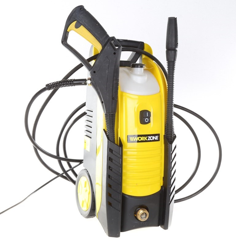 WORKZONE High Pressure Washer 1740psi w/ 2400W Motor, 5M Pressure Hose, Bui