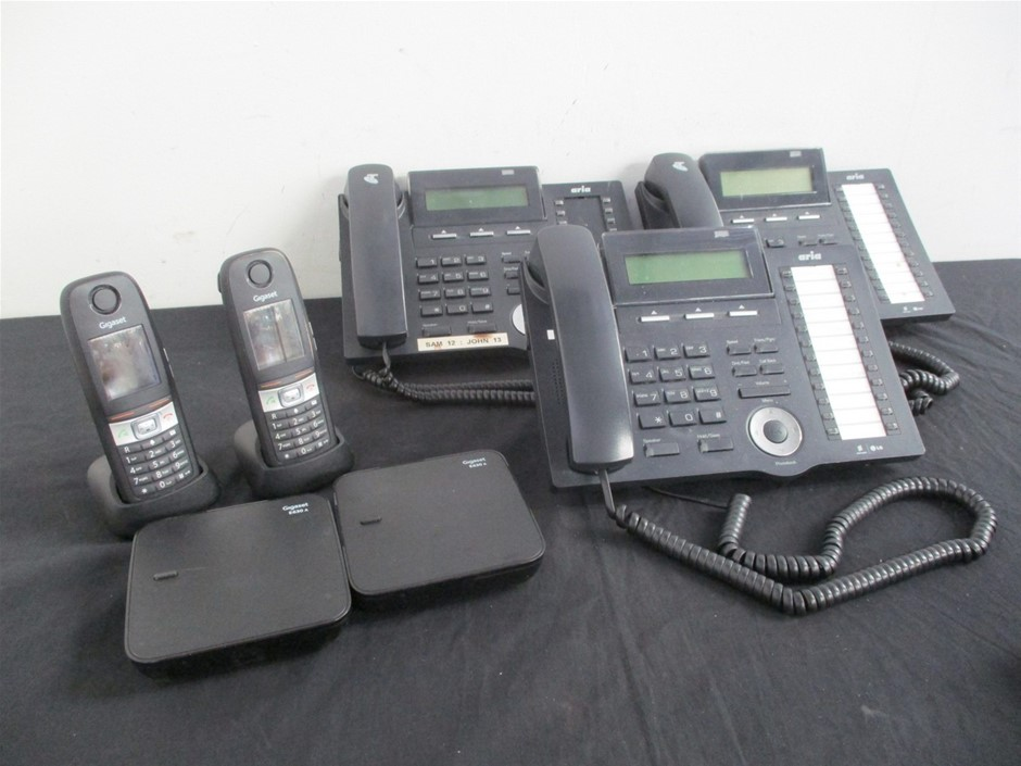 Qty 5 x Assorted Phones
