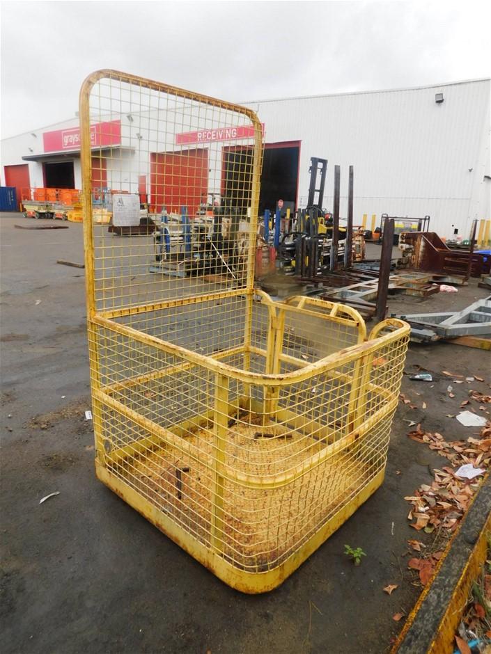 2004 Adaptalift QLE WPZ Man Cage