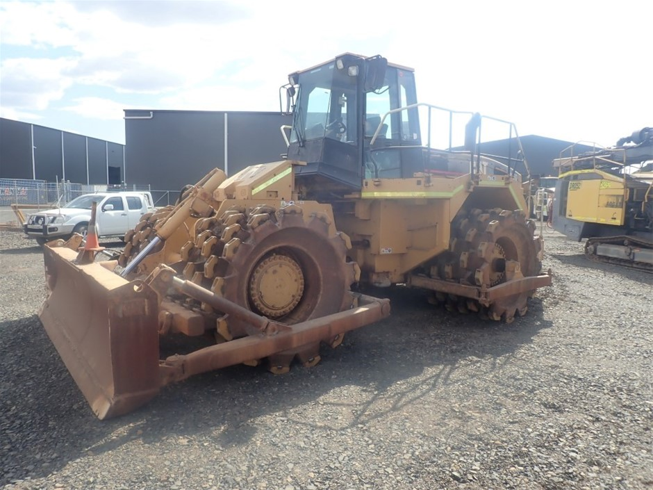 1997 Cat 826G compactor (converted to 825G)
