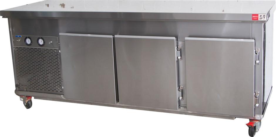 Comfridge 3 Door Bench High Refrigerator
