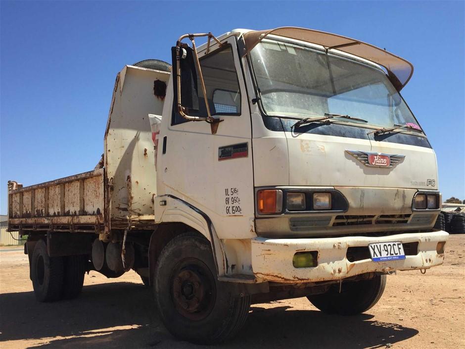 1991 Hino FC142 4 x 2 Tipper Truck