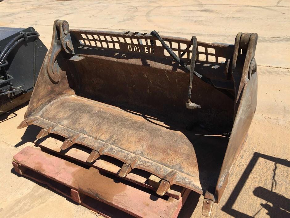 Daken Combination Bucket