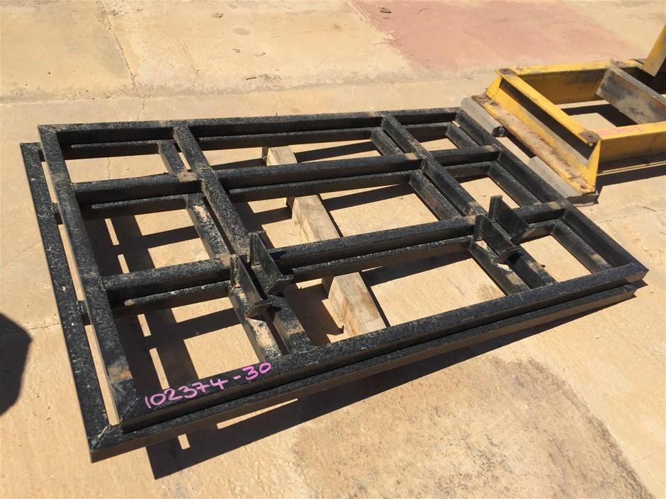 2x Steel Frame Mudge Bars