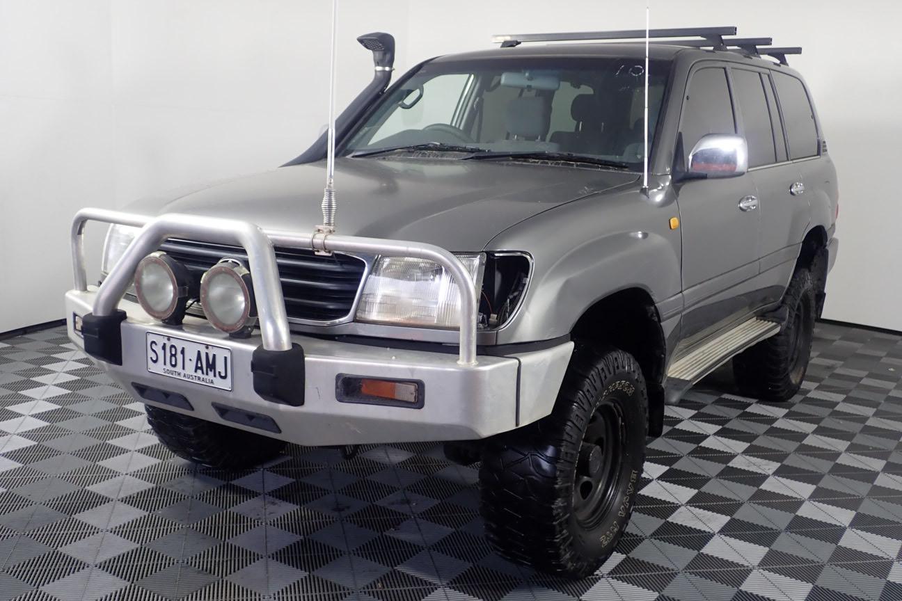 1999 Toyota Landcruiser GXL (4x4) Manual 8 Seats Wagon