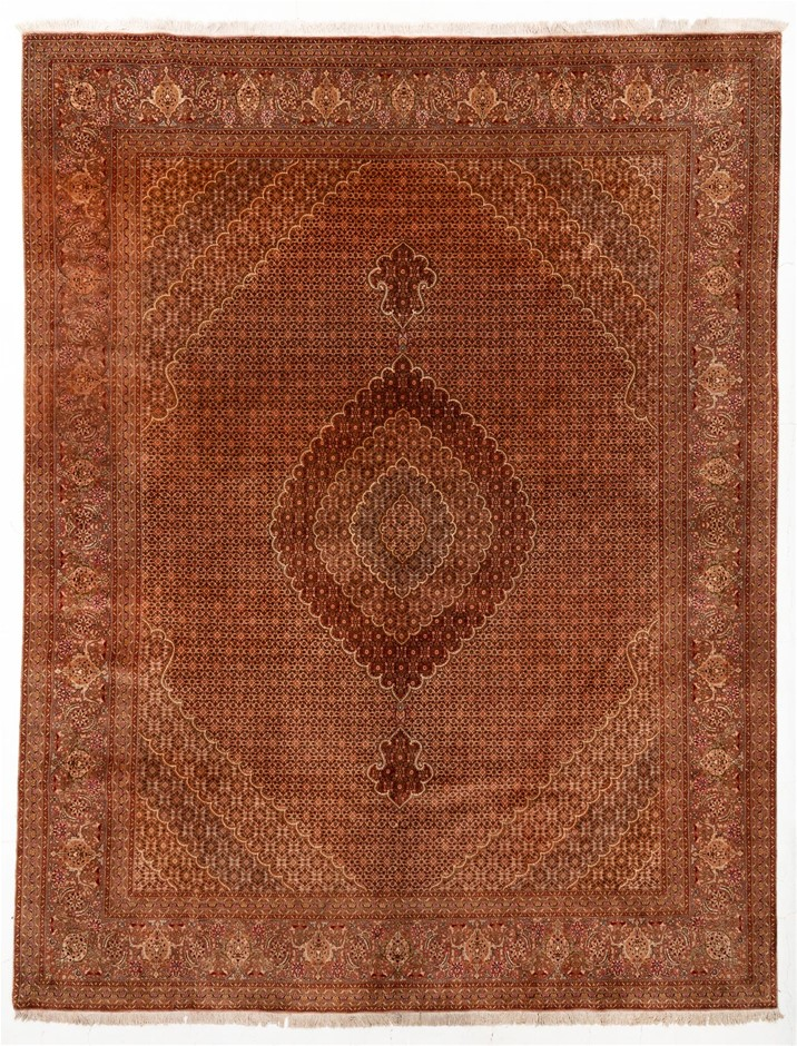 Persian Tabriz Hand Knotted 100% Wool Pile Size (cm): 310 x 390