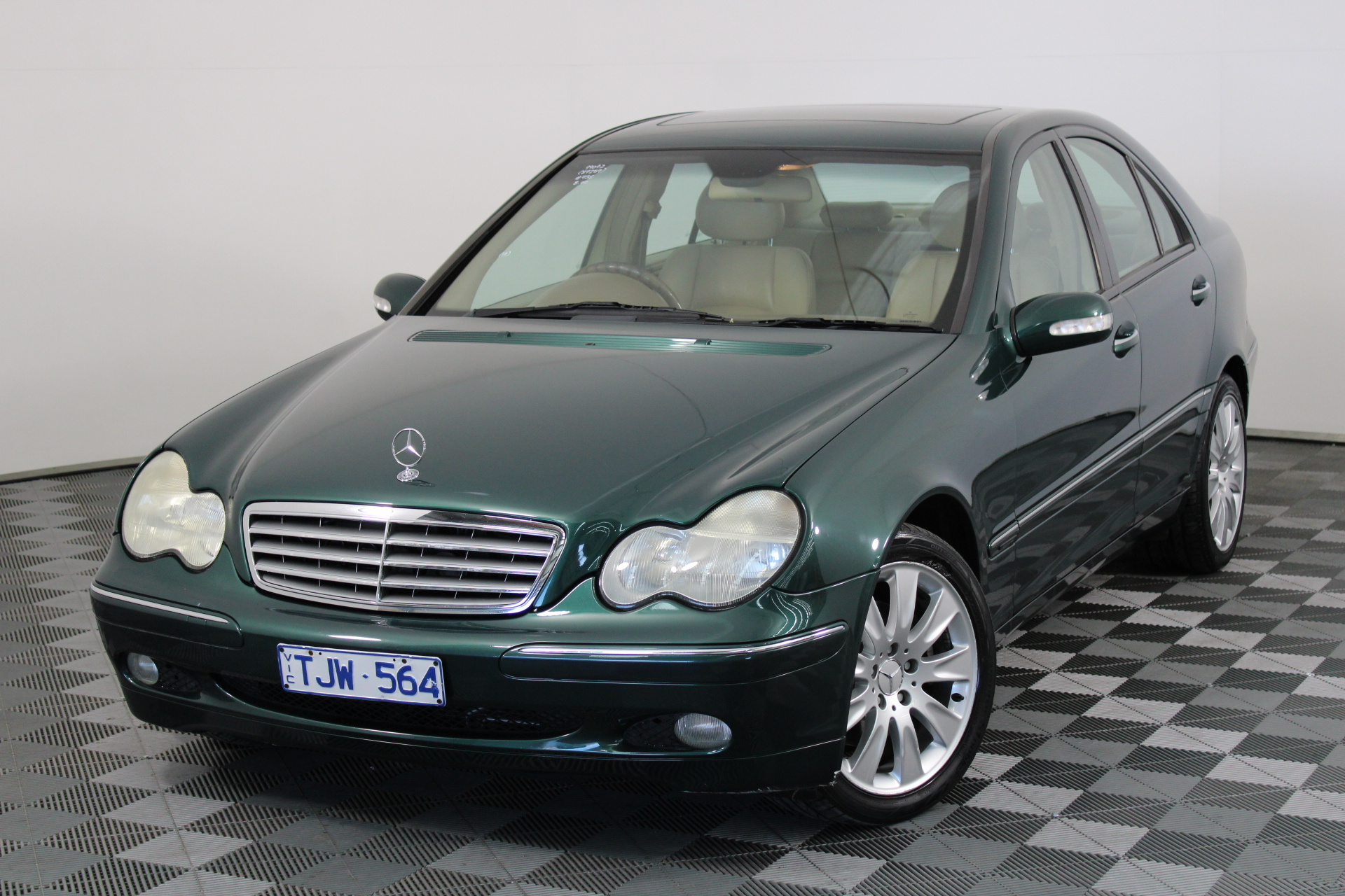 2001 Mercedes Benz C240 Elegance W203 Automatic Sedan