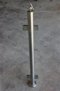 Qty 65 x 316 Stainless Steel Glass Posts