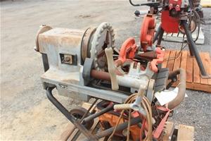Ridgid 300 Compact Pipe Threading Machin